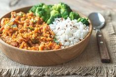 Buy Bowl of red lentil curry with white rice and broccoli by on PhotoDune. Bowl of red lentil curry with white rice and broccoli Best High Fiber Foods, Diabetic Recipes, Healthy Recipes, Vegetarian Protein, Lentil Curry, Food Staples, Mets, Cooking Light, Vegan Dishes