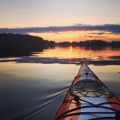Sunset by the lake. ©Visit Jyväskylä Photo: Milla Kyllönen.