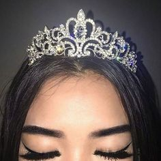 Pinterest @jaelynstlewis ✨  Makeup | Crown | Tiara | Blitz