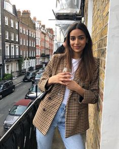 Fashion Tips Outfits .Fashion Tips Outfits Modest Fashion, Fashion Outfits, Womens Fashion, Fashion Tips, Mode Ootd, Look Office, Looks Street Style, Cold Weather Fashion, Winter Stil