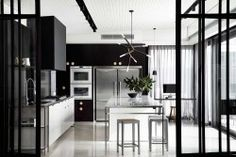 Hawthorn House by Rosstang Architects. Photo by Sharyn Cairns | Yellowtrace