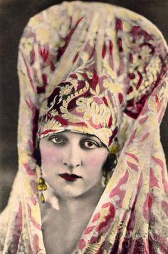 Cuban actress and composer Pilar Arcos, 1920s
