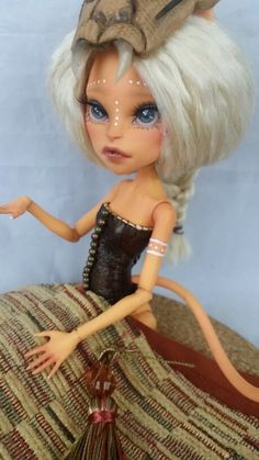 Skeriosities custom monster high doll ooak repaint Toralei Stripe