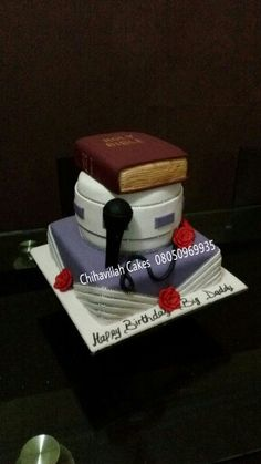 Bible and microphone cake by Chihavillah 2