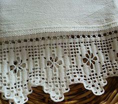 Crochet Doily Rug, Crochet Edging Patterns, Filet Crochet Charts, Crochet Lace Edging, Crochet Borders, Crochet Squares, Crochet Flowers, Hand Crochet, Crochet Home Decor