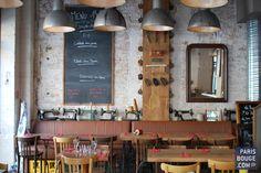 See 250 photos and 98 tips from 2483 visitors to La Penderie. Bar Deco, Deco Cafe, Restaurant Bar, Restaurant Design, Resto Vegan, Cafe Interior, Interior Design, Interior Sketch, Café Bistro