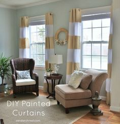 I am loving these DIY painted striped curtains {tutorial} by @Kim Wilson -Sand & Sisal #DIY @sandandsisal
