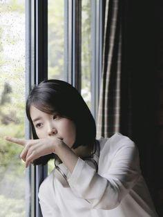 ღ Usagi Jieun ღ added a new photo. Girl Photo Poses, Girl Poses, Iu Twitter, Moon Lovers, High School, Korean Star, K Idol, Feel Tired, Korean Celebrities