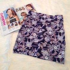 Pattern Skirt This skirt is stretchy and is perfect to wear with crop tops! Super cute and fun! NEVER WORN! Length of the skirt is 17 inches Charlotte Russe Skirts