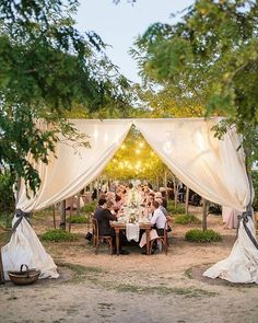 Jenna + Walker dreamed of a whimsical, elegant garden party amongst the vines for their big day. See their romantic vineyard nuptials on 100LC this eve ✨ >  Reception venue: @jacuzziwines | Event Planning: @coledrakeevents | Rentals: @latavolalinen @brighteventrentals | Florist: @meredithlawdesign | Photo: @juliekaykellyphoto #wedding