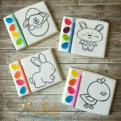 """Galletas Black design outlines in candy melts so """"Paint"""" won't affect Cookies For Kids, Cute Cookies, Easter Cookies, Easter Treats, Cupcake Cookies, Galletas Cookies, Iced Cookies, Sugar Cookies, Passover And Easter"""