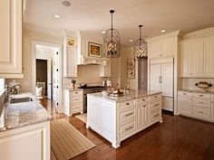Sherwin-Williams Navajo White Sherwin Williams Antique White Kitchen Cabinets…                                                                                                                                                                                 More