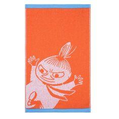 The new Little Myhandtowel by Finlayson presents a funnypattern with Little Myin a orange colour. The towel is made of 100 % cotton and is a great companion at home or at the summer cottage. Size 30 x 50 cm.Finlaysonin uudistuneen pyyhemalliston hauskassakuvituksessa nähdään Pikku Myy, värinä oranssi. Käsipyyhe on 100 % puuvillaa ja se sopii yhtä hyvin kotiin kuin kesämökillekin. Koko 30 x 50 cm.Finlaysons förnyade handduks kollektion med ny finurlig bild på Lilla My i pigg orange…
