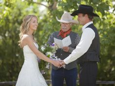 EXCLUSIVE VIDEO: Inside Heartland Star Amber Marshall's Wedding