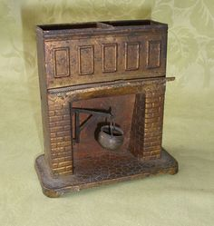Antique metal dollhouse fireplace - great detail of hook for pot that moves - no instructions however detailed description Antique Dollhouse, Antique Dolls, Dollhouse Miniatures, Fairy Garden Accessories, Doll Accessories, Door Crafts, Paper Crafts, Mini Cabins, Witch House