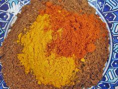Thai – Currypulver selbst gemacht, ein Gedicht Thai curry powder homemade, a poem Spice Rub, Spice Mixes, Homemade Curry Powder, Cooking Herbs, Herbs For Health, Kitchen Herbs, Homemade Seasonings, Food Out, Seasoning Mixes