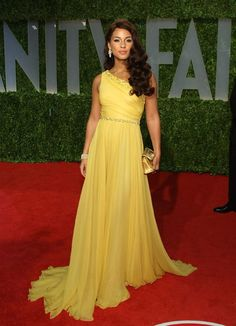 Alicia Keys Yellow Dress One Shoulder Dress at Vanity Oscar Party Red Carpet b0a5dc0ce7ff
