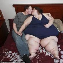 Fat Women In Bed 71