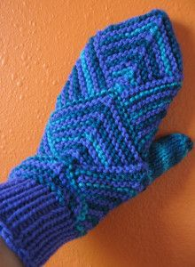 Mitered Mitten Pattern Yarn: Light worsted or DK Sized for Women& hand small Needles: Size 5 double pointed needles, for larger siz. Crochet Mittens, Mittens Pattern, Knitted Gloves, Knit Or Crochet, Crochet Scarves, Knitting Socks, Crochet Hats, Knitting Needles, Knitting Patterns Free