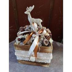 Virágdoboz fa , arany szarvasos Fa, Gift Wrapping, Gifts, Gift Wrapping Paper, Presents, Wrapping Gifts, Favors, Gift Packaging, Gift