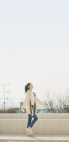 Pretty Wallpapers, Loving U, Kiss Me, Cute Outfits, Kpop, Actors, Couple Photos, My Love, Queens