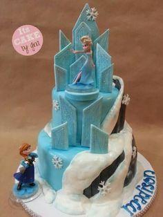 Disney's frozen cake | @itscakebygina | Elsa | Anna| visit me on Facebook @ itscakebygina page