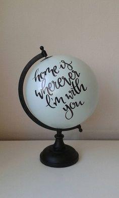Globe de peint à la main par WholeWorldOfLove sur Etsy #handmadehomedecor