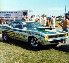 John Hagen& & Cuda Pro Stock at 1970 Indy U. Funny Car Drag Racing, Funny Cars, Plymouth Cars, Vintage Racing, Vintage Cars, Pony Car, Drag Cars, American Muscle Cars, Car Humor