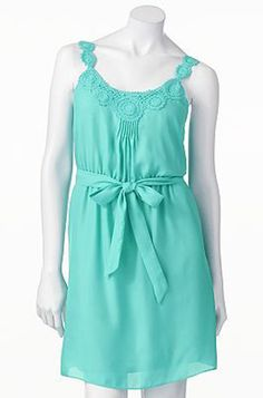 Style Guide: 10 Chic Summer Sundresses   LaurenConrad.com