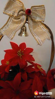 Decoração de Natal #natal #decoração #xmas #decor #christmas #floresnatalinas Xmas Crafts, Diy Videos, Christmas Decorations, Wreaths, Make It Yourself, Fall, Christmas Patchwork, Simple Christmas Crafts, Diy Christmas Decorations