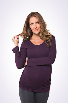 The Lonzi&Bean MilkiMum maternity & nursing top Pregnancy Style, Nursing Tops, Maternity Nursing, Looking Gorgeous, Maternity Fashion, Best Sellers, That Look, Spring Summer, Turtle Neck