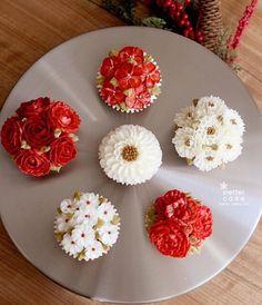 Done by student of Better class (베러 정규클래스/Regular class) www.better-cakes.com  #buttercream#cake#베이킹#baking#bettercake#like#버터크림케이크#베러케익#cupcake#flower#웨딩케익#sweet#플라워컵케익#foodporn#birthday#wedding#디저트#bettercake#dessert#버터크림플라워컵케익#follow#food#koreancake#beautiful#flowerstagram#instacake#컵케이크#꽃스타그램#베이킹클래스#instafood#