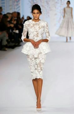 Little White Evening Dresses 2019 Long Sleeve Knee Length Short Prom Lace Floral Haute Couture Ralph & Russo Sheath Formal Gowns - Evening Dress Long, Evening Dresses, Vestidos Fashion, Fashion Dresses, Beautiful Dresses, Nice Dresses, Dresses Dresses, Ball Dresses, Dresses Online