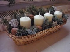 Házból otthon: Kreatív sarok Pillar Candles, Advent, Table Decorations, Home Decor, Decoration Home, Room Decor, Interior Design, Home Interiors, Taper Candles