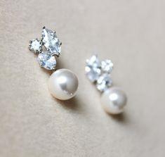 White Pearl Bridal Earrings Wedding by DreamIslandJewellery