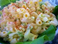 SWEET AMISH MACARONI SALAD: 1 lb salad macaroni 4 hard-boiled eggs (chopped) 1 small onion, finely diced 3 celery ribs, diced small 1 small sweet pepper, seeded and diced small (red or orange) dressing 2 cups light mayonnaise (not Miracle Whip) cup su Amish Macaroni Salad, Best Macaroni Salad, Macaroni Salads, Macaroni Pasta, Macaroni Cheese, Mac Cheese, Pasta Recipes, Salad Recipes, Cooking Recipes