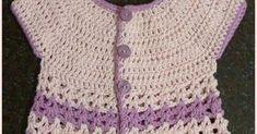 Hoy quiero mostrarles este chalequito tejido para mi hija menor. Es un proyecto que me encantó. El canesú redondo le da un toque femenino...