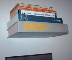 Invisible Book Shelf: Cast levitation level 7 on your books! Invisible Bookshelf, Ladder Shelf Diy, Bookshelf Diy, Floating Bookshelves, Book Shelves, Unique Bookshelves, Diy Back To School, Old Books, Book Crafts