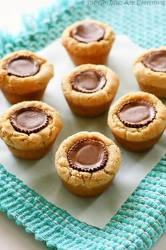 These Peanut Butter Cookies are peanut butter cookie cups stuffed with a mini Reese's peanut butter cup. These Peanut Butter Cup Cookies are a fail proof recipe great for any occasion and perfect for Christmas Köstliche Desserts, Delicious Desserts, Dessert Recipes, Plated Desserts, Bar Recipes, Cookbook Recipes, Recipies, Peanut Butter Cups, Peanut Butter Reeses Cookies