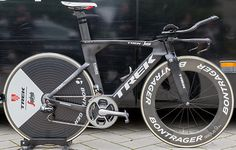 Trek Segafredo's Trek Speed Concept http://www.bicycling.com/bikes-gear/tour-de-france/the-time-trial-bikes-of-the-2017-tour-de-france/slide/20