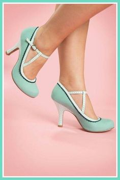 Ruby Shoo Jessica Ankle Strap Pumps in Mint Where have these been all my life? (Ruby Shoo – Jessica Ankle Strap Pumps in [. Retro Mode, Mode Vintage, Vintage Shoes, Vintage Outfits, Vintage Fashion, Vintage Pins, Vintage Style, Pretty Shoes, Beautiful Shoes
