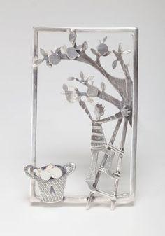 Becky Crow Contemporary Jewellery