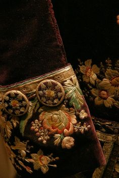 Embroidery cuff and covered button detail, Frockcoat, 18th century