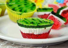 Kliknij i zobacz więcej. Homemade Pastries, Watermelon Recipes, Polish Recipes, How Sweet Eats, Cookie Desserts, Mini Cakes, Tasty Dishes, Cake Recipes, Food And Drink