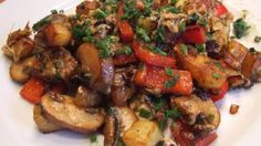 Heerlijke warme Mediterraanse aardappelsalade met veel smaak