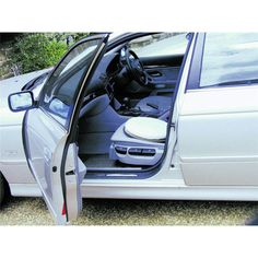 Deluxe Swivel Car Seat   £14.99