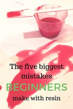 Mistakes beginners make with resin - Modellbau - Tipps & Tricks (Tips and Tricks - Modell building) - Epoxy Ideas Epoxy Resin Art, Diy Resin Art, Diy Resin Crafts, Wood Resin, Acrylic Resin, Acrylic Pouring, Diy Epoxy, Epoxy Resin Countertop, Art Crafts