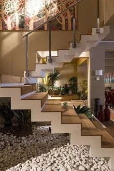 Unique modern staircase design ideas for your dream house 1 House Stairs, House Design, House, Modern Houses Interior, Staircase Decor, Modern House, Home Decor Trends, Home Interior Design, Stairs Design