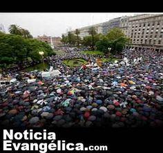 Iglesia argentina pide orar por el futuro de su país
