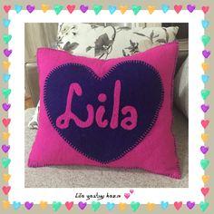 Lila bebişi için keçe yastık hazır... Pillow for babyLila..